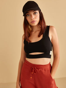 BRUNETTE BLACK CROP TOP