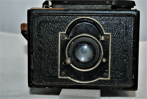 RARE 1933 Reflex Box SLR camera made by KW.