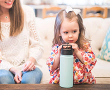 Load image into Gallery viewer, Simple Modern 14 oz Summit Kids Water Bottle with Straw Lid - Hydro Vacuum Insulated Tumbler Flask Double Wall Liter - 18/8 Stainless Steel -Winter White