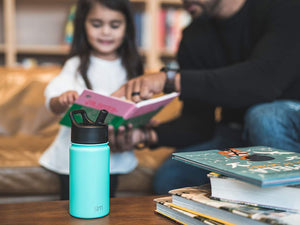 Simple Modern 18 oz Summit Water Bottle with Straw Lid - Gifts for Kids Hydro Vacuum Insulated Tumbler Flask Double Wall Liter - 18/8 Stainless Steel - Midnight Black