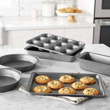 Load image into Gallery viewer, Basics 6-Piece Nonstick Oven Bakeware Baking Set