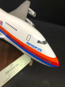 Pacific Miniatures Desk Model United Airlines - Friendship One - RARE