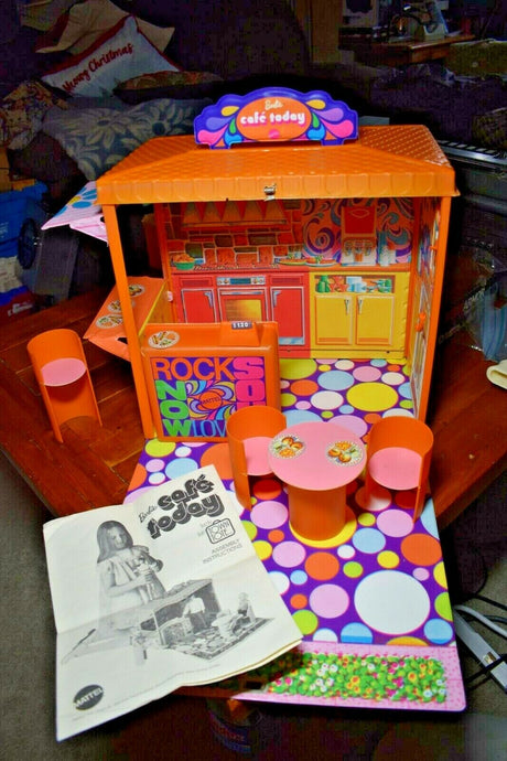 Vintage 1970 Barbie Cafe Today Vinyl Playset Rare 100% Complete EXC to NM