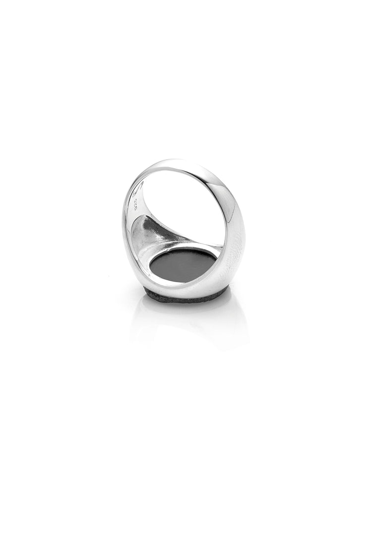 BLACK OCEAN SOVEREIGN RING
