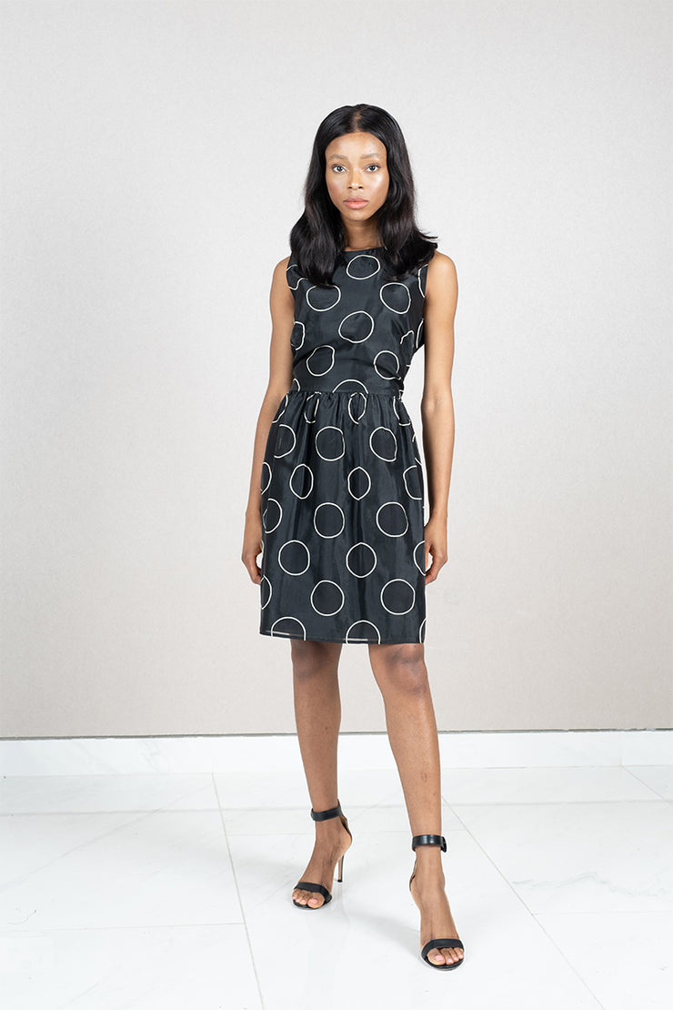 Sleeveless Outlined Polka Dot with Pockets Short Dress