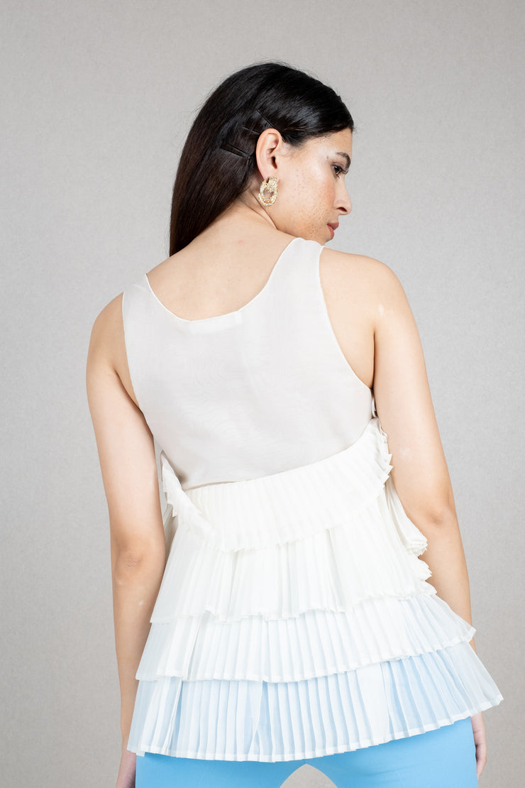 Sleeveless pleated sheer blouse
