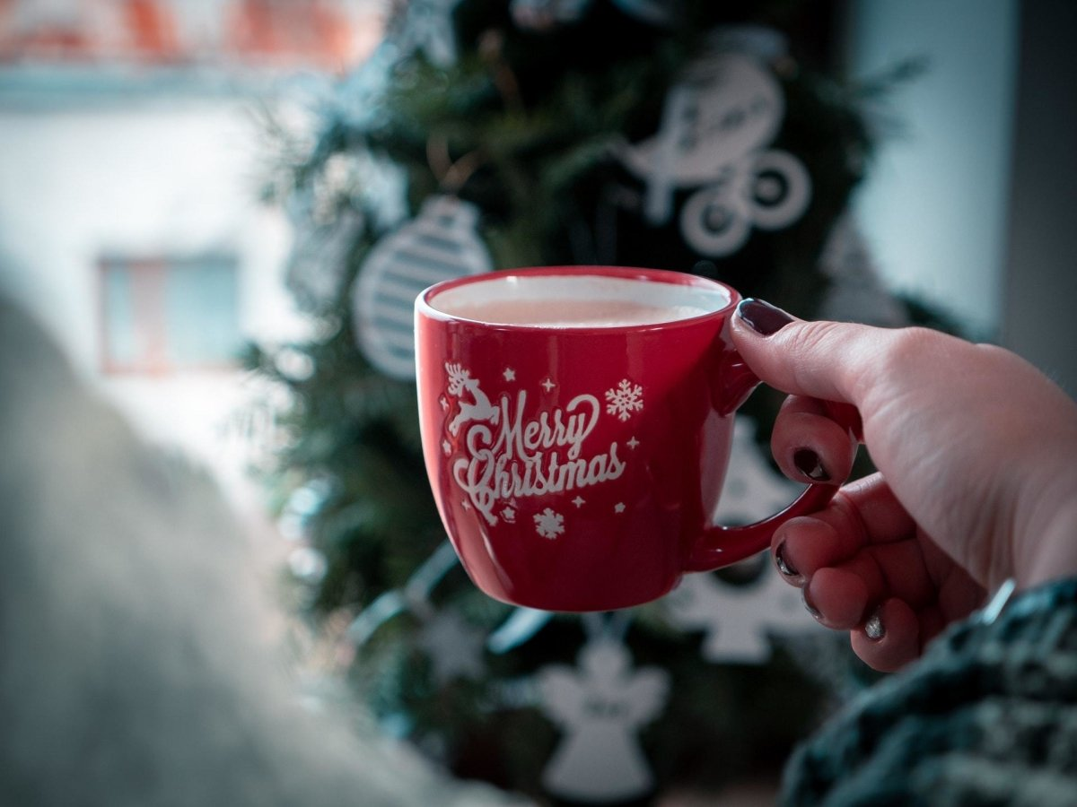 6 Christmas Coffee Recipes to Get You Into the Holiday Spirit! | JayArr Coffee