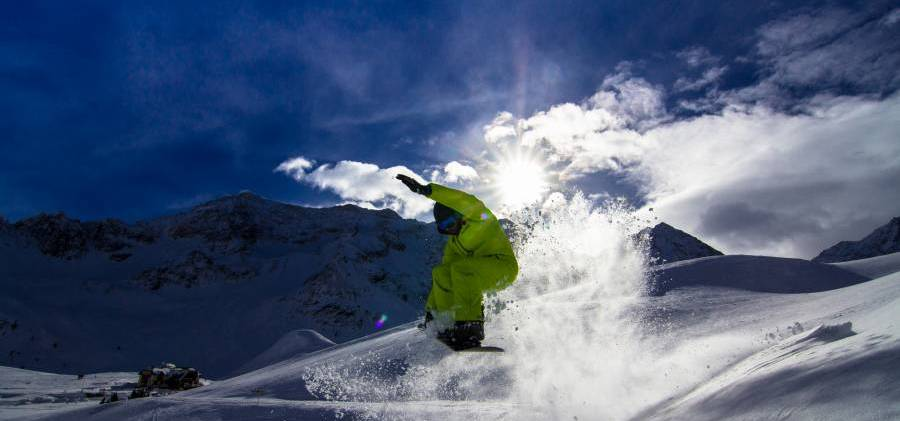 Best Ski Resorts for Early Snow