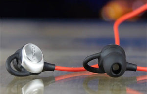 sports earphones