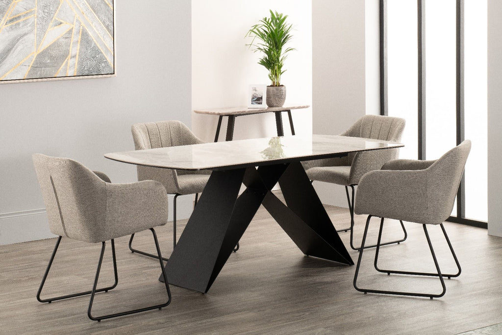 Ruis Dining Table Set