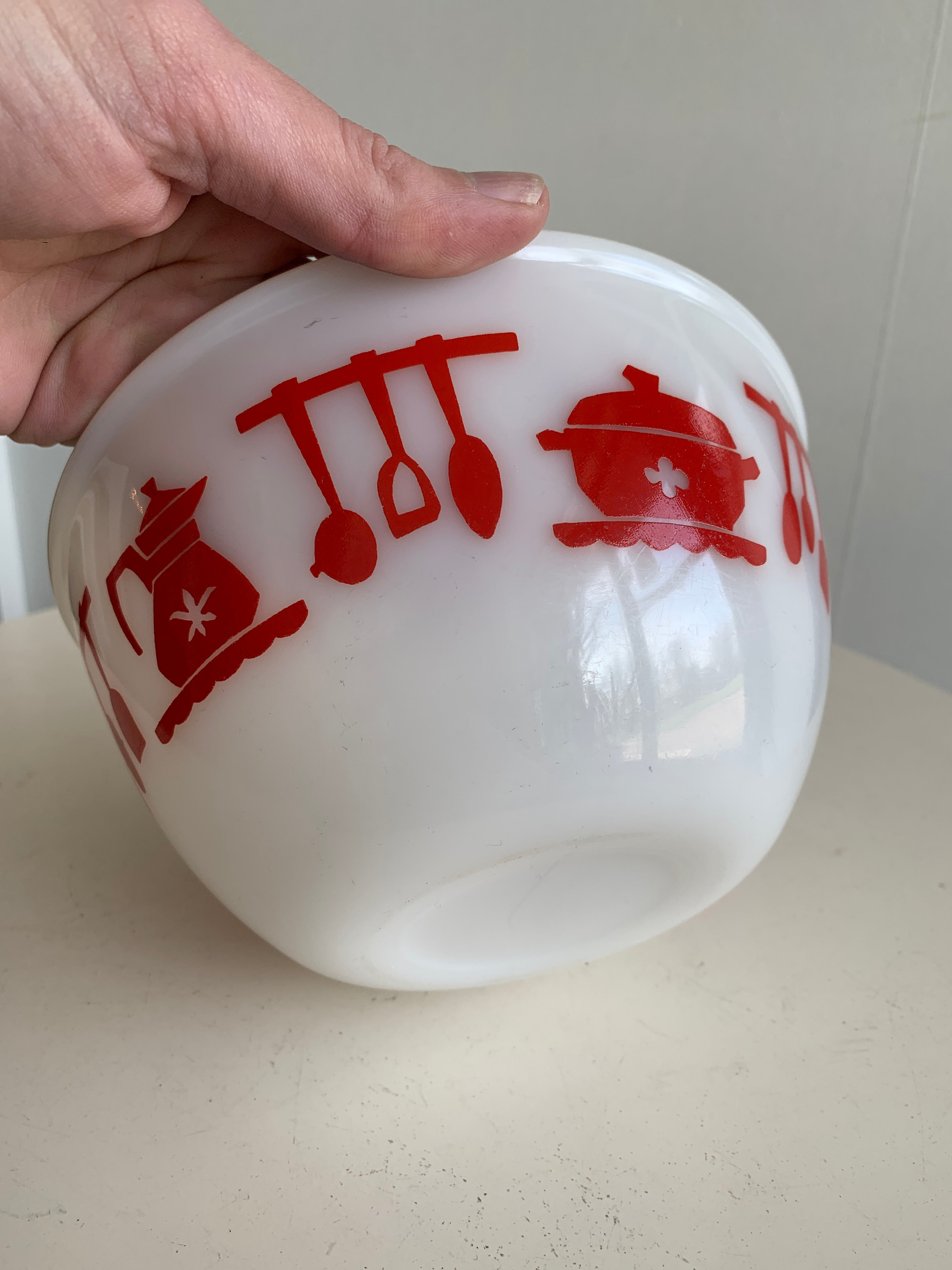 Vintage Federal Glass red mixing bowl