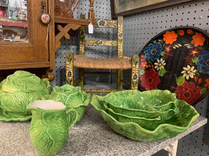 Twelve piece Holland Cabbage salad set