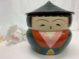 Kitsch stacking soup bowls