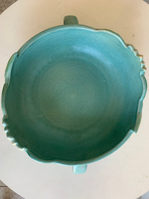 Roseville water lily bowl