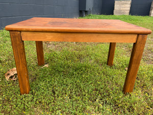 Petite table with inlay work