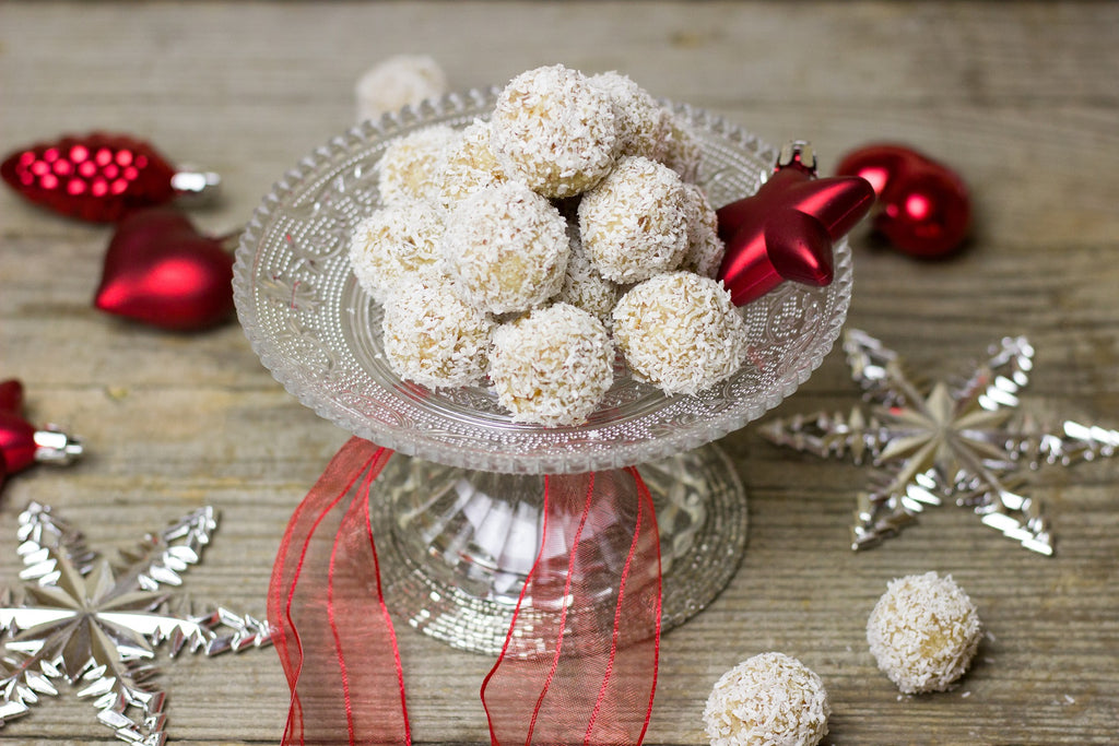 Sweet & Healthy - Cashew and Date Balls