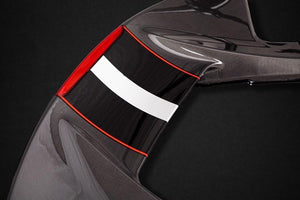 Rear wing in carbon fibre only fits the Coupé (third brake light and Scuderia stripes are not included)
