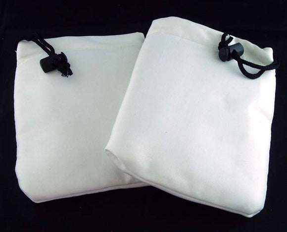 WHITE SOFT JEWELRY BAGS. 6