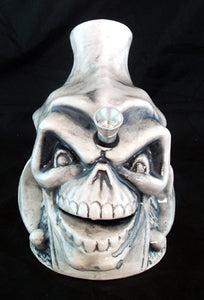 "7"" CERAMIC JESTER SMOKING WATER PIPE/BUBBLER. C22"