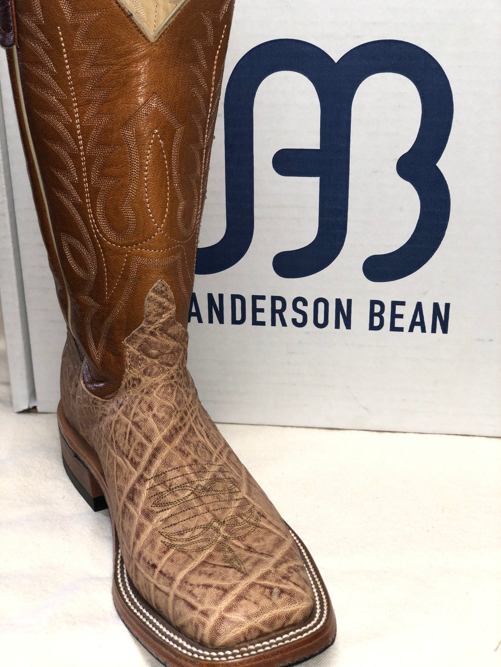 Anderson Bean Elephant Tan Tipped (3785m)
