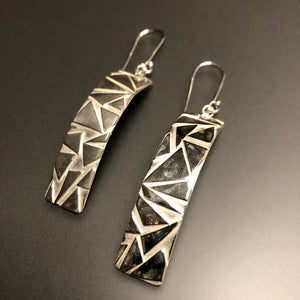 Play of triangles earrings