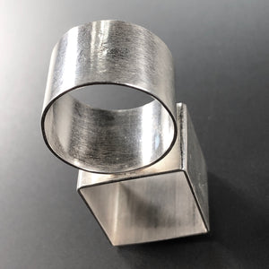 Double architectural ring