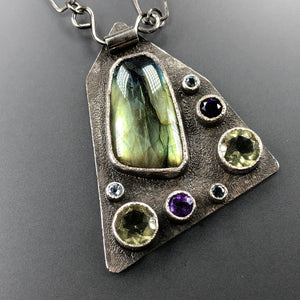 Labradorite and gemstones necklace