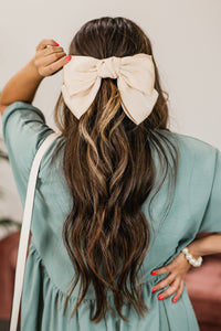 So Relatable Bow Hair Clip In Beige