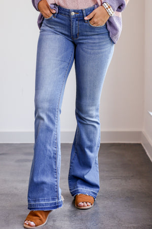 The Nikki Mid-Rise Flares
