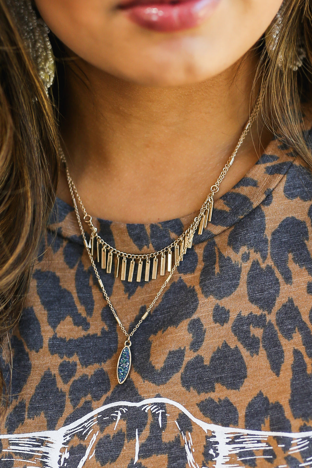 Southern Fall Layered Necklace In Navy