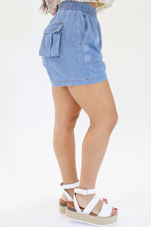 The Georgia Denim Shorts In Light Wash