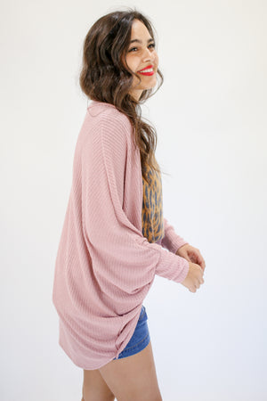 Beachside Chic Ribbed Cardigan In Mauve