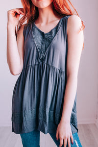 Suite Details Eyelet Tank In Charcoal