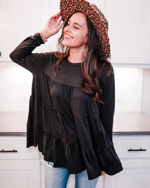 Runaway Beauty Shift Top In Black