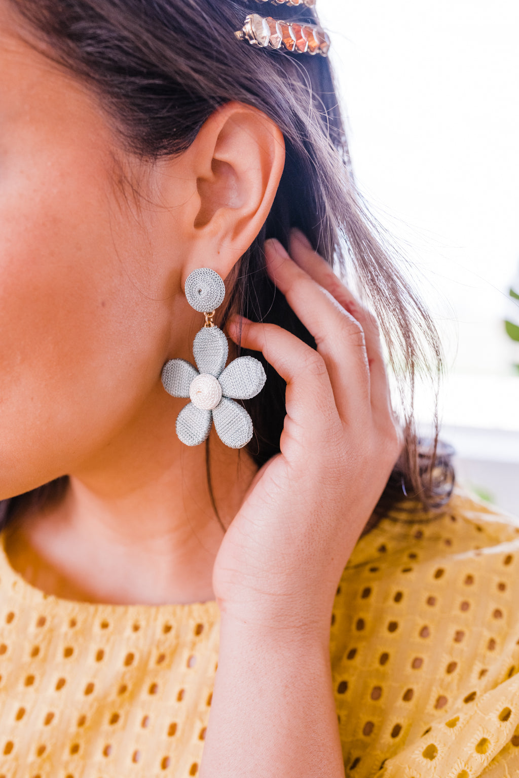 Spring Vibes Earrings In Moss