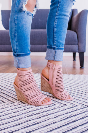 The Claire Wedge In Blush