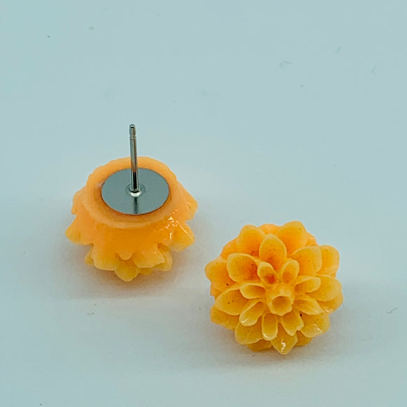 Chrysanthemum/Dahlia Resin Studs