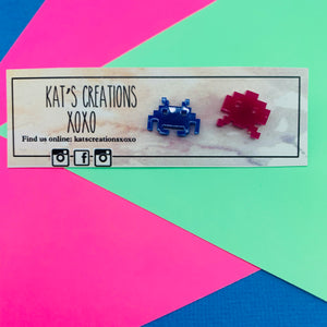 NEW Retro-space invaders Studs