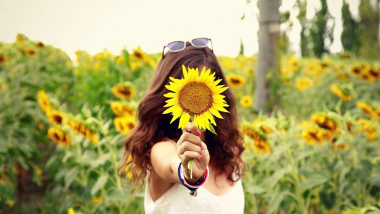 Love the skin you're in...with Andreas Sunflower Seed Oil!
