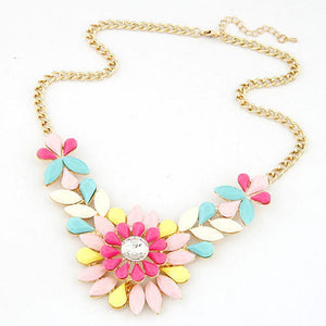 Fashion Rhinestone Flower Resin Statement Necklace