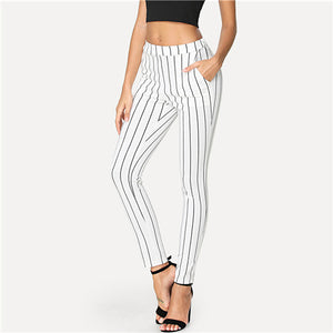 Black and White Stripped Skinny Pants
