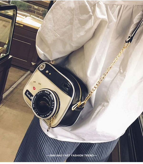 Cute Vintage Camera Shoulder with Front Zippered Pocket