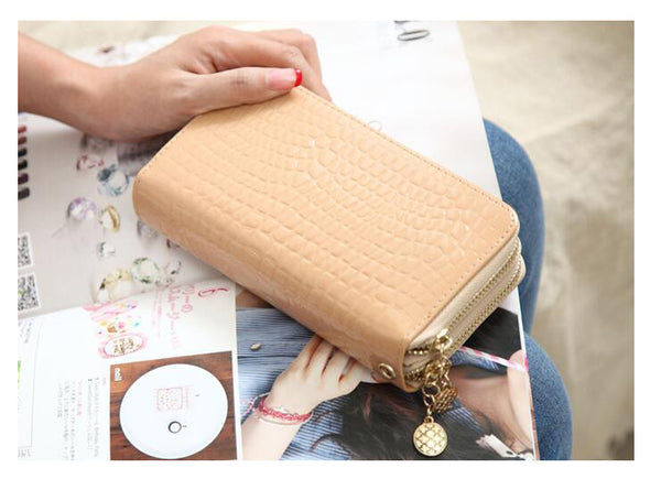 Alligator pattern Double Zipper Clutch Bag