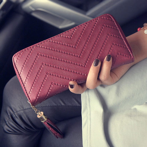 Arrow pattern Long Clutch Wallet