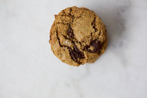 Chewy Salted Oatmeal Chocolate Chip Cookie