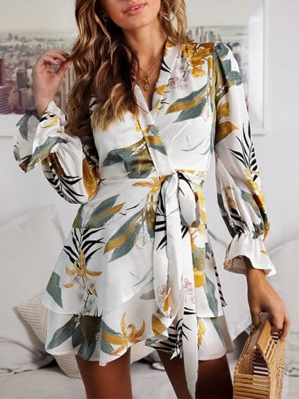 Floral Flared Sleeves V-neck Mini Dress