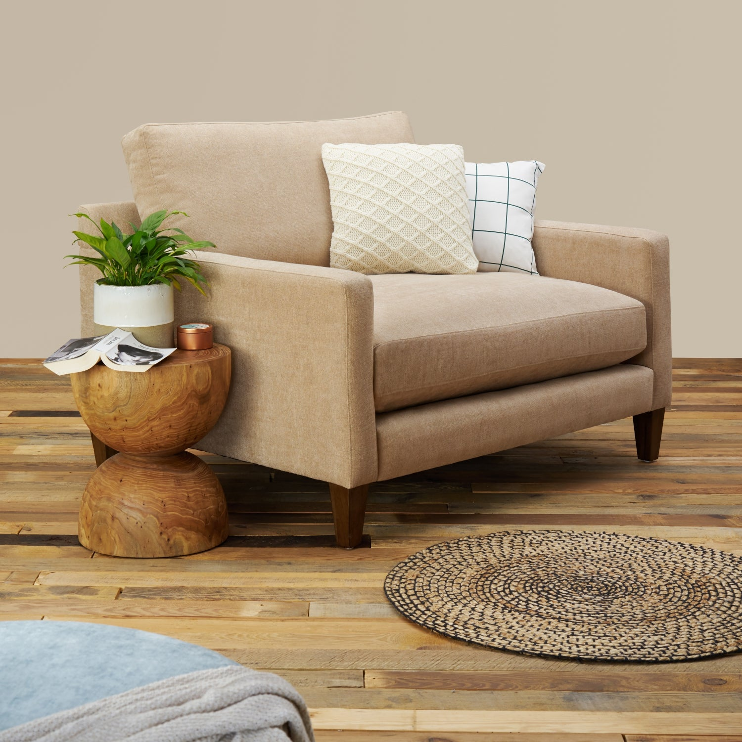 Super Romo Oversized Lounge Chair With Ottoman Gmtry Best Dining Table And Chair Ideas Images Gmtryco