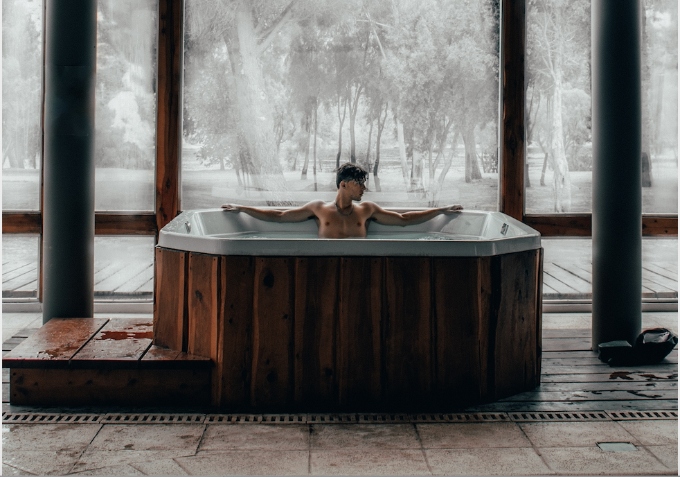 10 Health Benefits of Hot Tubs and How to Chose the Best One.