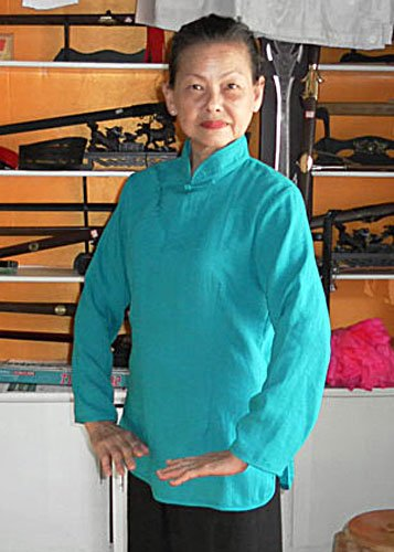 One Frog Button Hemp and Linen Azure Blue Tai Chi Shirt for Women