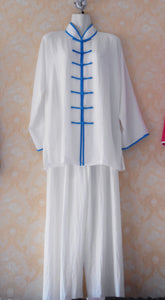 Blue Outerseam White Hemp and Linen Wudang Tai Chi Uniform with Open Sleeves